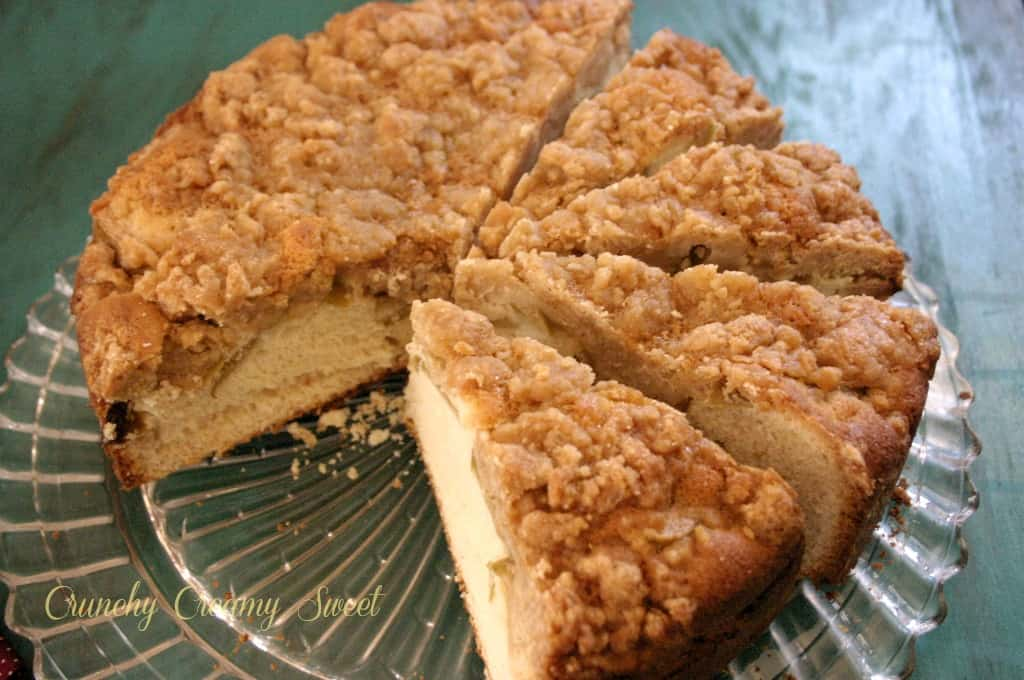 caramel apple cake 1 Caramel Apple Coffee Cake
