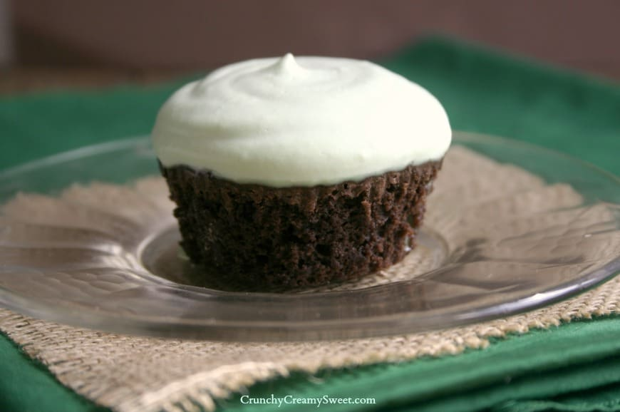 brownie cupcakes 3 Fudgy Brownie Cupcakes with fresh whipped cream mint topping