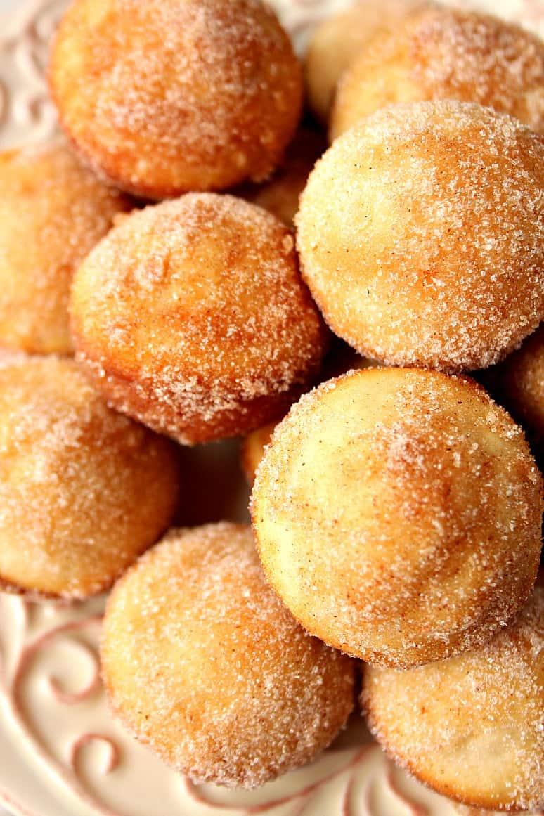 cinnamon sugar donut muffins 1 1 Cinnamon Sugar Mini Donut Muffins