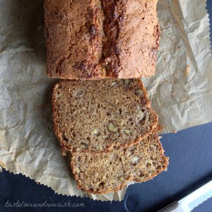 BananaBread4 300x300 What to do with over ripe bananas (recipe round up)