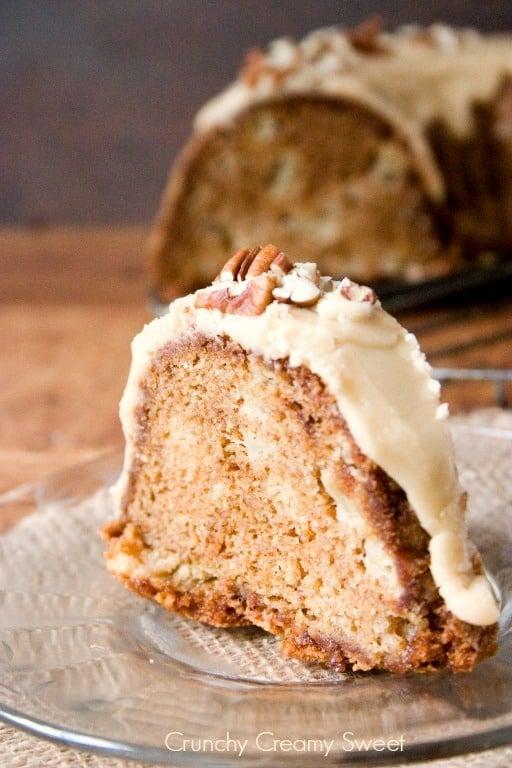 apple bundt cake 4 Apple Bundt Cake with Caramel Glaze Recipe
