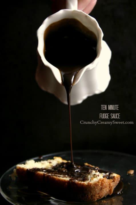 10 min Fudge Sauce Cookies and Cream Oreo Fudge Recipe Card