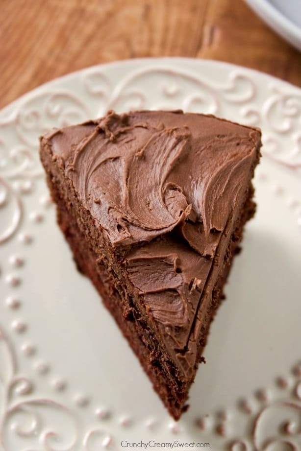 The Best Chocolate Cake - Crunchy Creamy Sweet