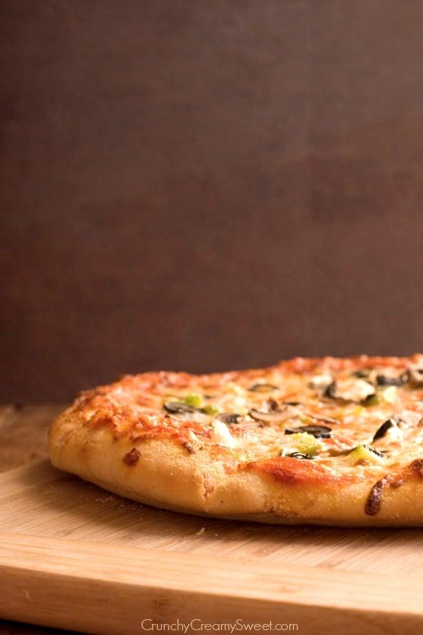 homemade pepperoni pizza1 Homemade Pepperoni Pizza