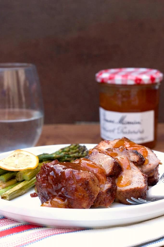 Tangy apricot bbq pork tenderloin crunchy creamy sweet for Simple yet delicious dinner recipes
