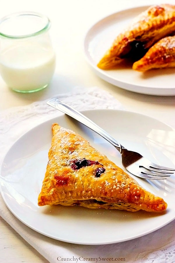 blueberry turnovers B Easy Blueberry Turnovers Recipe