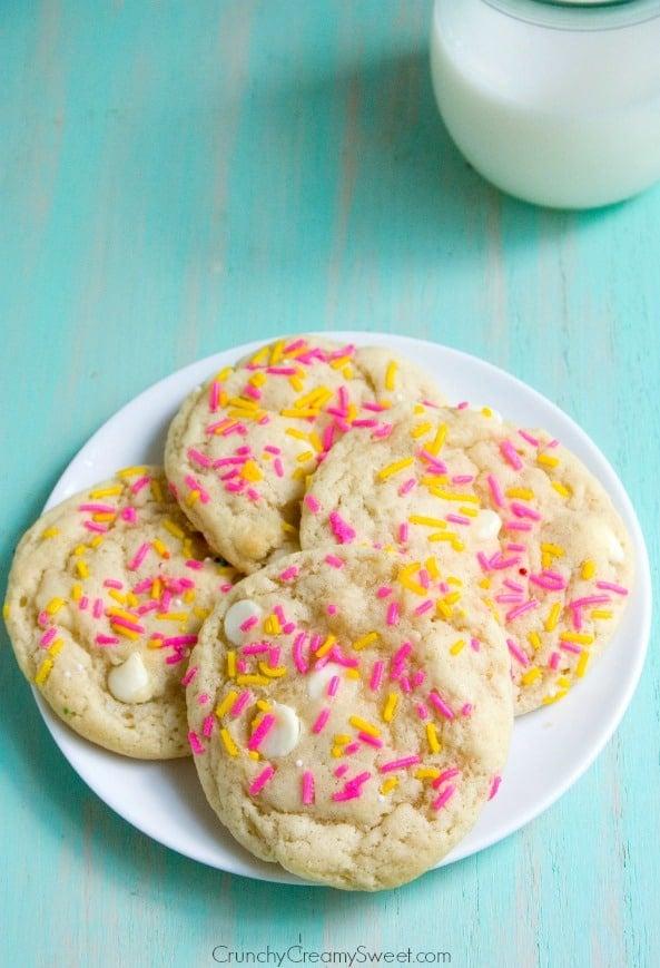 Birthday Cake Sugar Cookies with Funfetti and White Chocolate Funfetti Birthday Cake Sugar Cookies Recipe