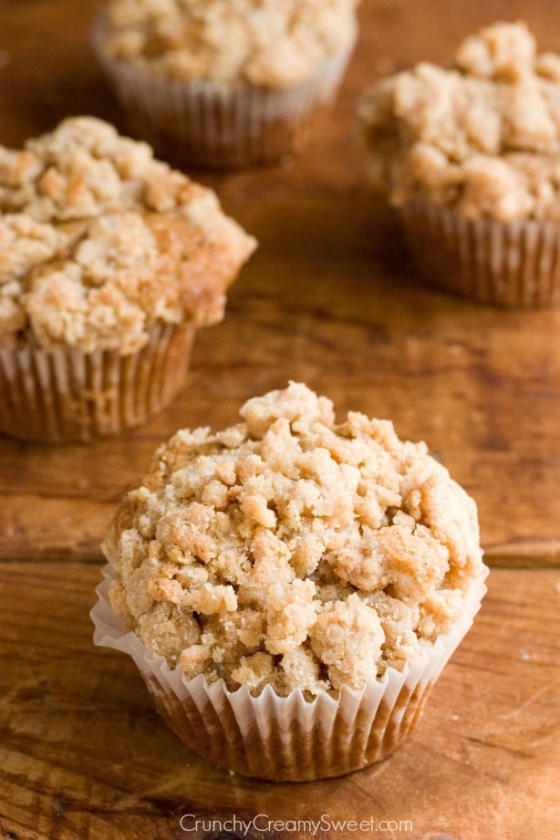 Cinnamon Coffee Cake Muffins from crunchycreamysweet.com  Cinnamon Coffee Cake Muffins Recipe