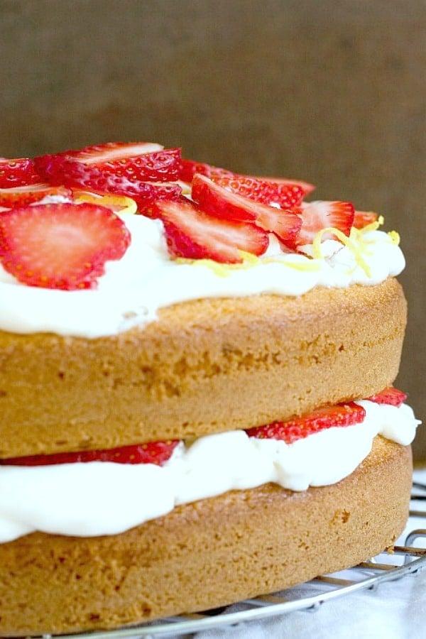 Lemon and Strawberry Cake Recipe a Lemon Strawberry Layer Cake Recipe