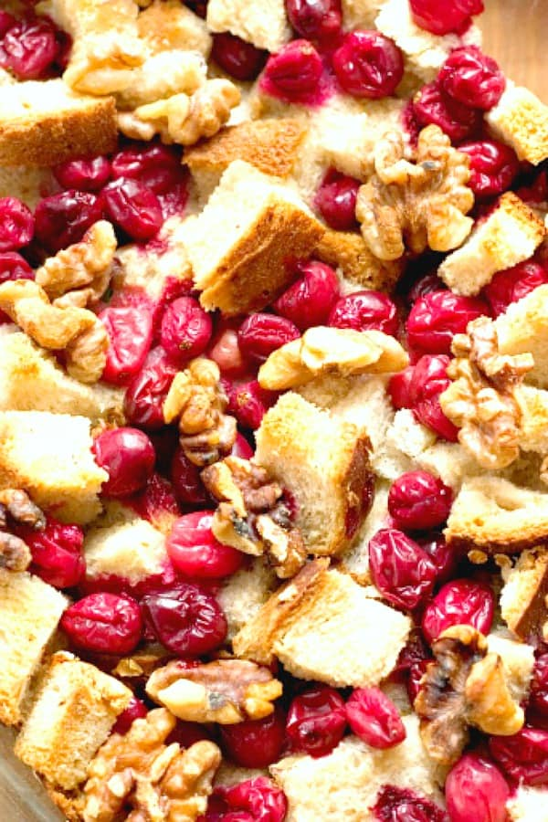 Cranberry Walnut Stuffing a Cranberry Walnut Stuffing