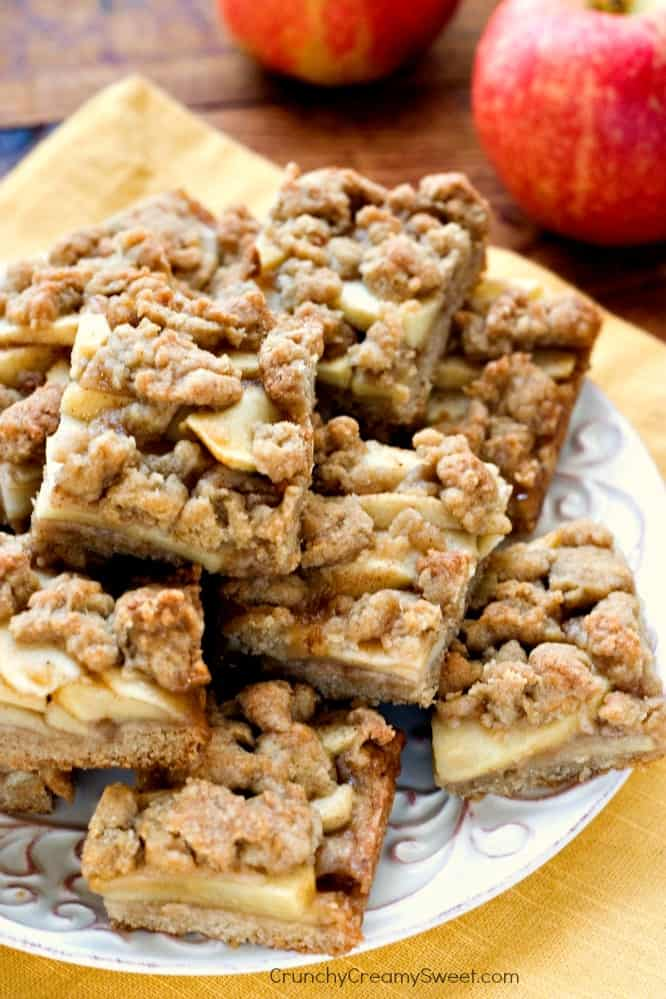 Easy Apple Pie Bars with Topping Recipe Apple Pie Bars