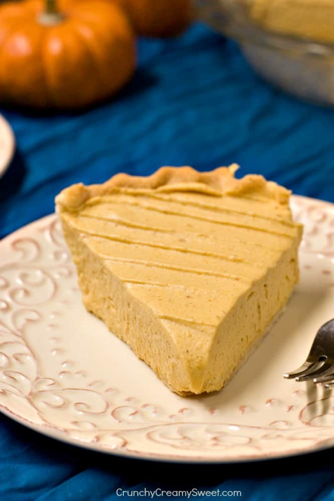 Light and Creamy Pumpkin Mousse Pie no bake Pumpkin Mousse Pie