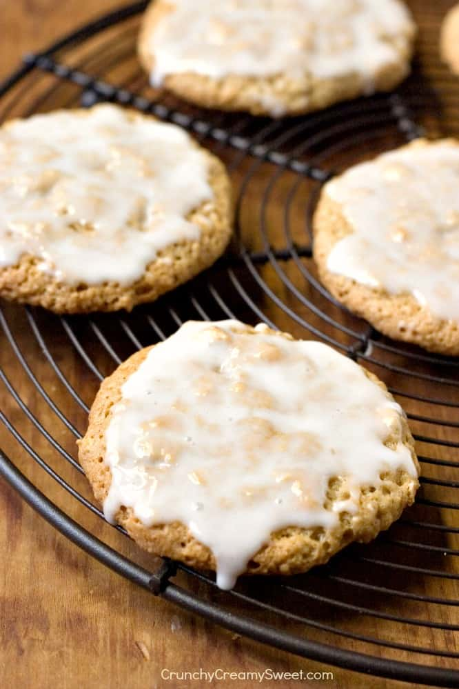 Old Fashioned Iced Oatmeal Cookies Old Fashioned Iced Oatmeal Cookies