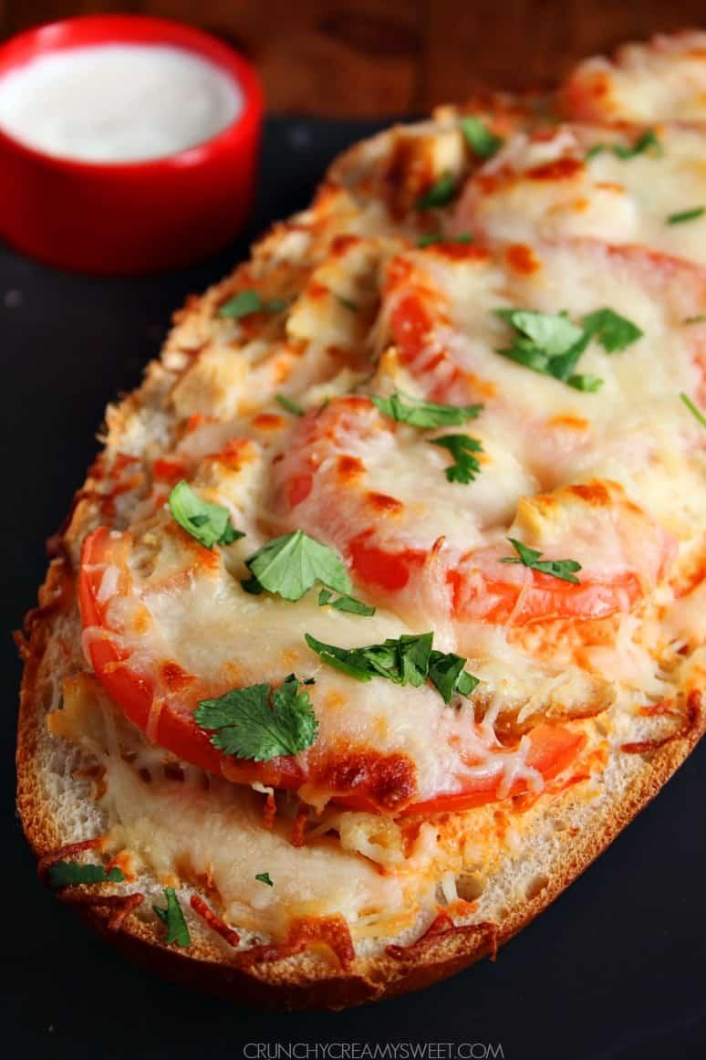 Italian Chicken Cheesy Bread from crunchycreamysweet.com Slow Cooker ...