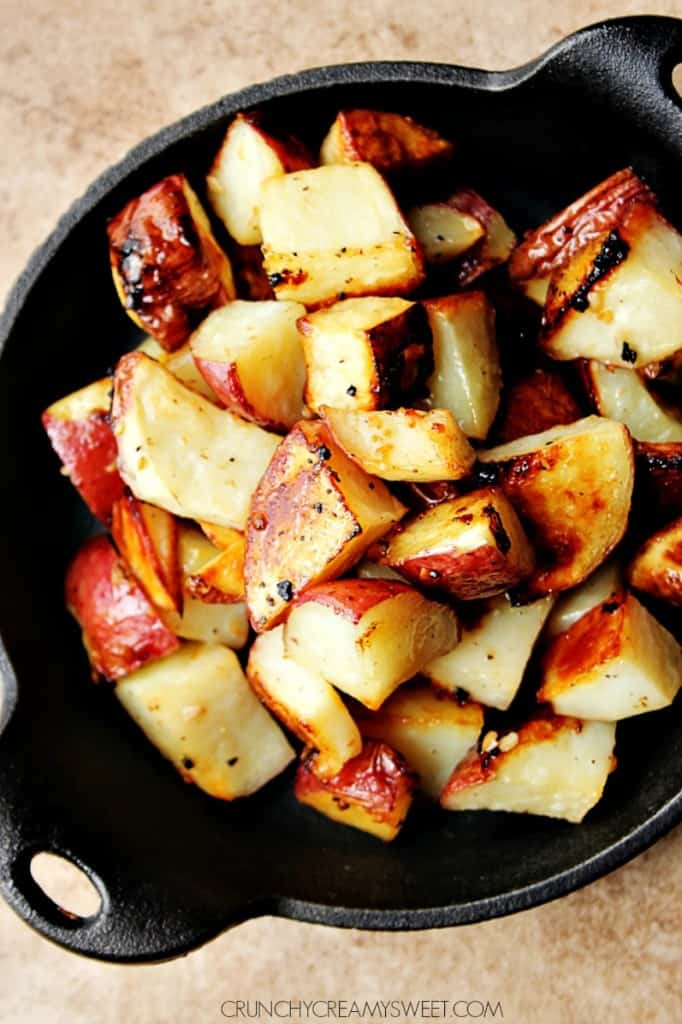 Red Roasted Potatoes with Lemon and Garlic recipe crunchycreamysweet.com 682x1024 Easy Garlic Parmesan Roasted Baby Carrots