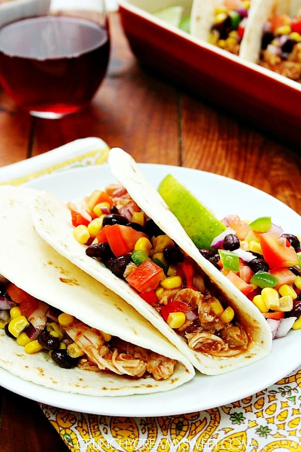 slow cooker chicken tacos B Slow Cooker Chicken Tacos