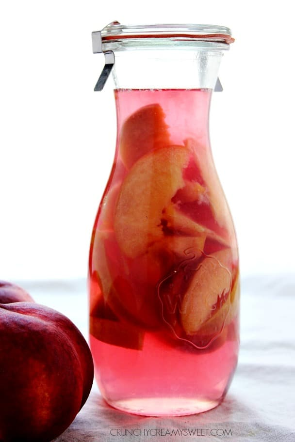 Homemade peach schnapps crunchy creamy sweet for Easy to make drinks