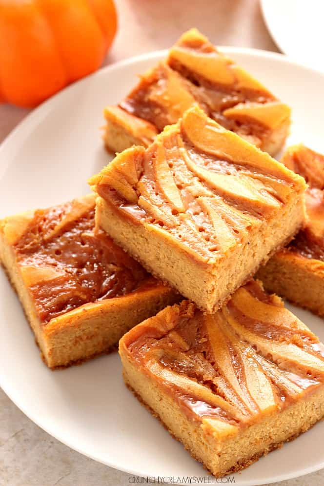 caramel swirl pumpkin cheesecake bars 2 Mint Cheesecake Bars Recipe