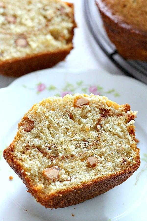 cinnamon swirl peanut butter banana muffins a Cinnamon Swirl Peanut Butter Banana Muffins + Video!