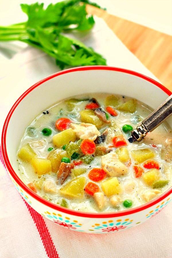 chicken pot pie soup C Easy Chicken Pot Pie Soup