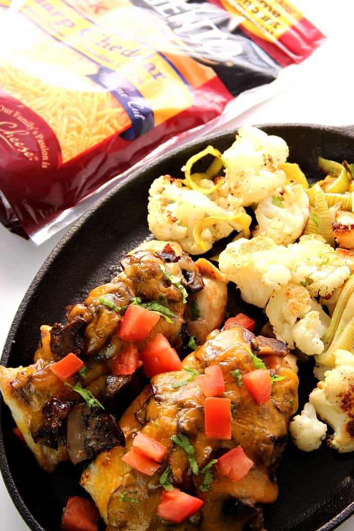 sargento 2 Mushroom Cheddar Chicken with Roasted Cauliflower and Leeks Recipe