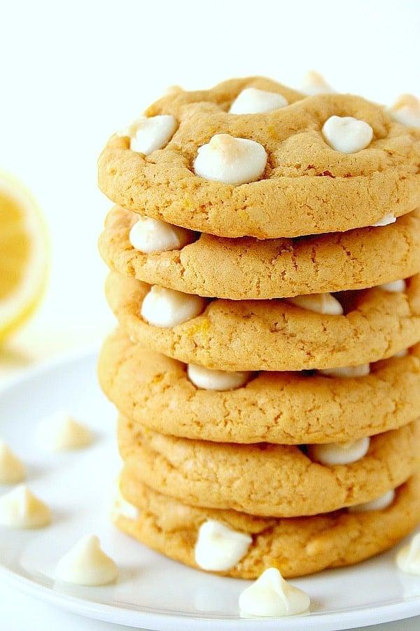 Lemon White Chocolate Chip Cookies a Lemon White Chocolate Chip Cookies Recipe