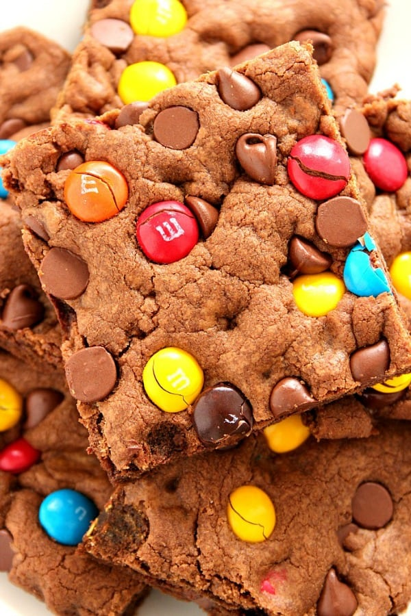 chocolate mm bars a Chocolate M&M Cookie Bars