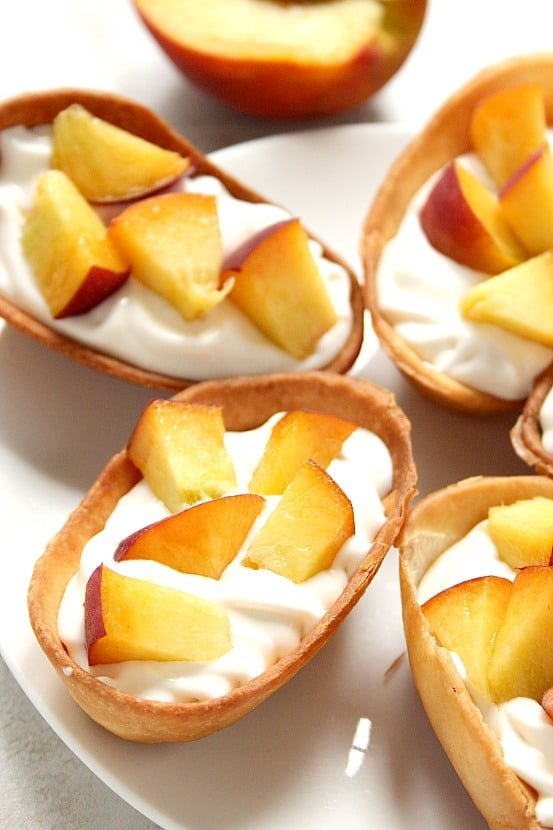 peaches and cream taco boats 3 Peaches and Cream Dessert Taco Boats Recipe