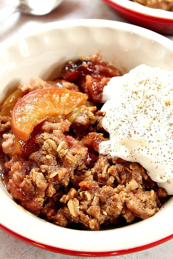 slow cooker peach crisp a Slow Cooker Peach Crisp Recipe