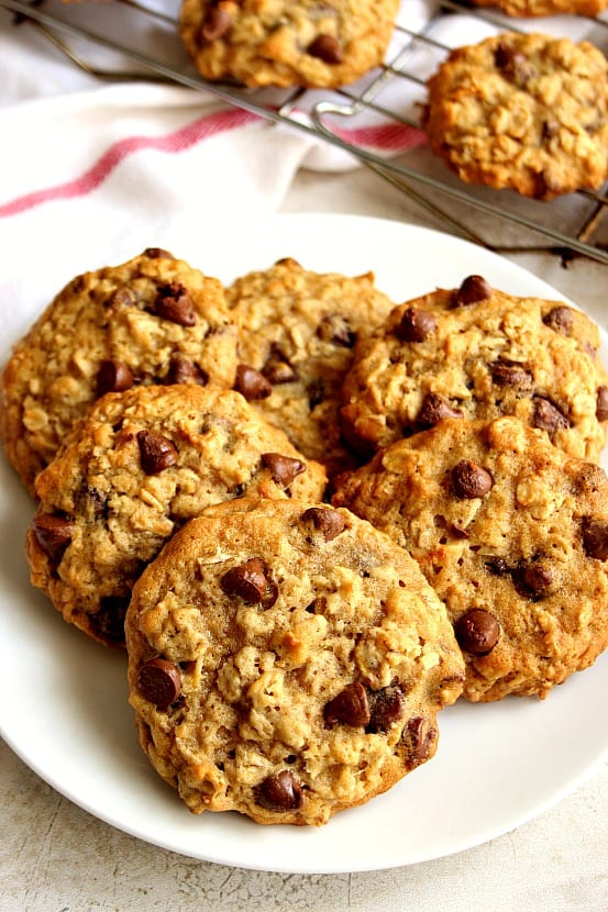 oatmeal cookies 1 Oatmeal Chocolate Chip M&M Cookies Recipe