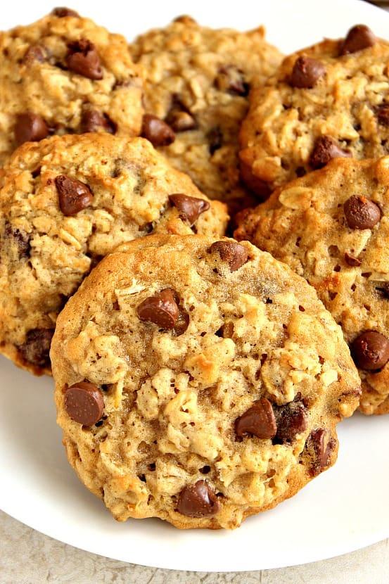 oatmeal cookies 2 Oatmeal Chocolate Chip Cookies Recipe