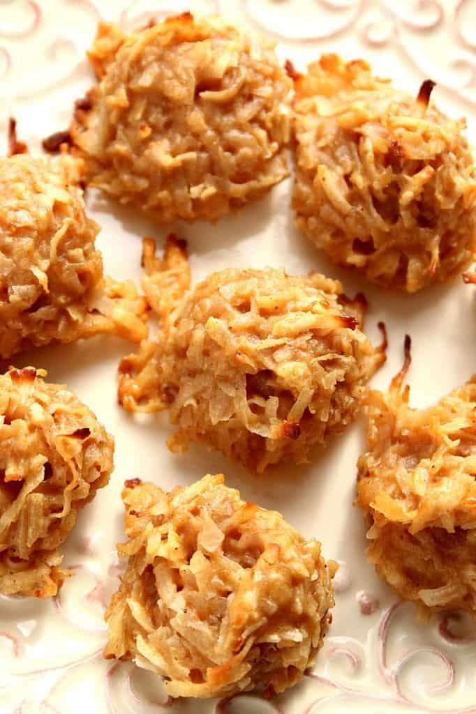 pumpkin spice coconut macaroon cookies 2 682x1024 Pumpkin Spice Coconut Macaroon Cookies Recipe