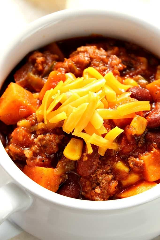 slow cooker chili 3 682x1024 Southwestern Crock Pot® Chili with Sweet Potatoes Recipe