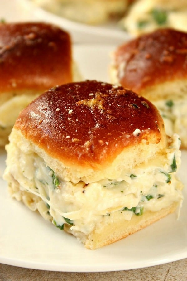 spinach dip sliders a Cheesy Spinach Artichoke Dip Sliders Recipe