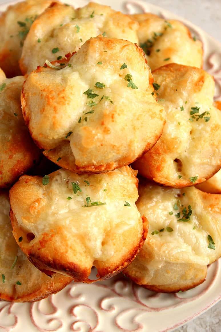 pull apart rolls 2 Stuffed Garlic Knots Recipe