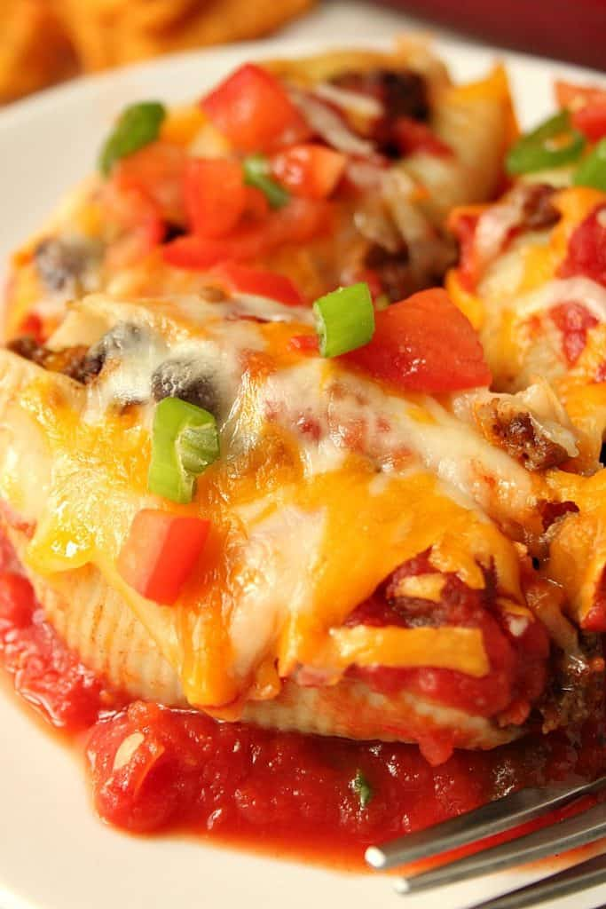 taco stuffed pasta shells 2 683x1024 Taco Stuffed Pasta Shells Recipe