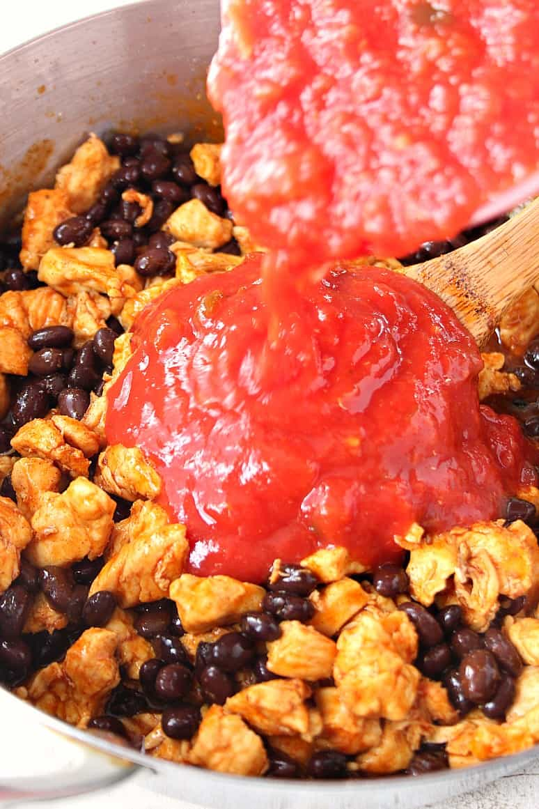 Mexican chicken rice skillet 3 Mexican Chicken and Rice Skillet Recipe