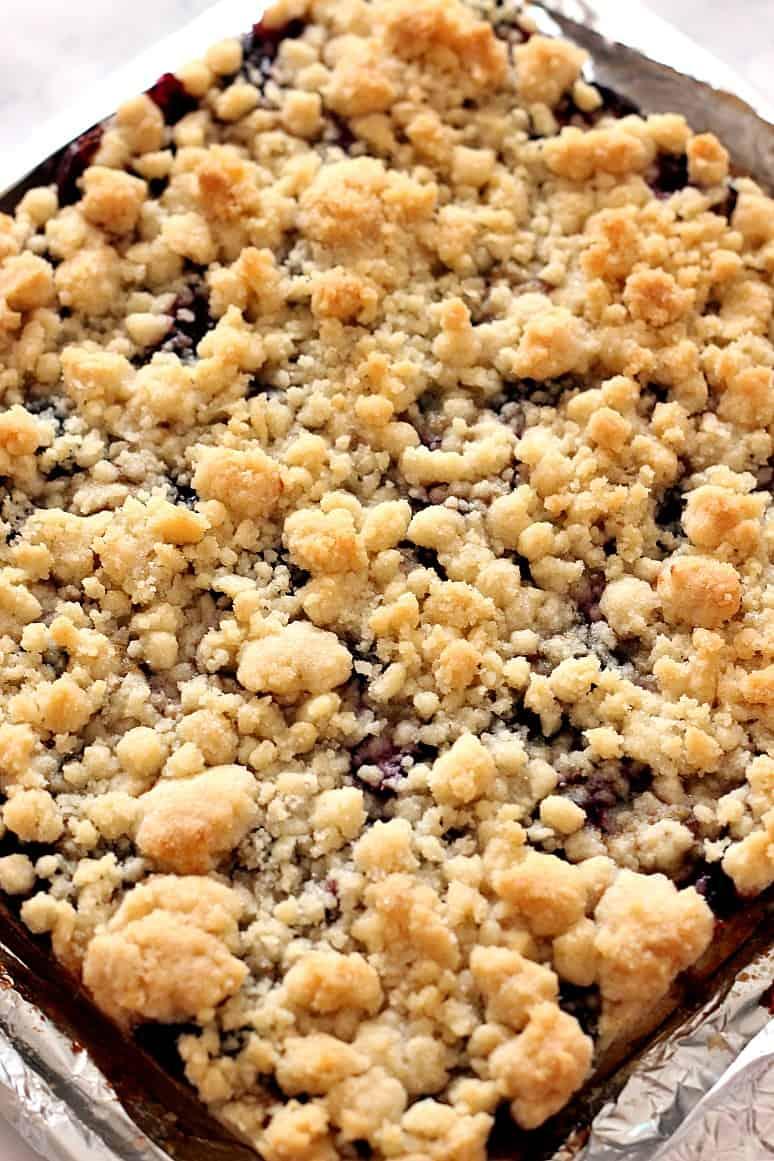 cherry pie bars 1 Cherry Pie Crumb Bars Recipe