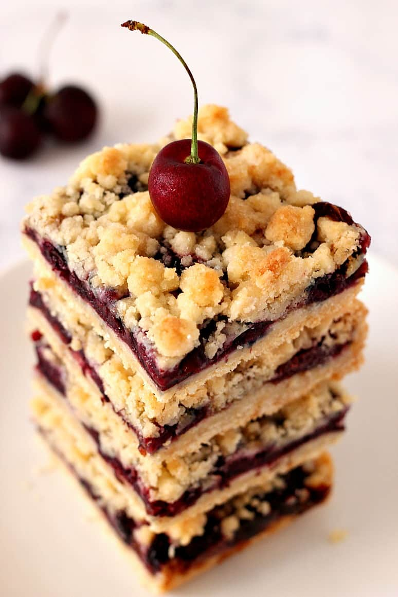 cherry pie bars 3 Cherry Pie Crumb Bars Recipe