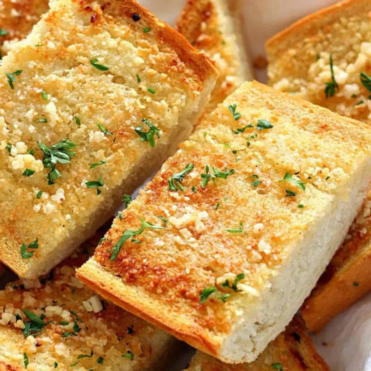 Easy Garlic Bread Crunchy Creamy Sweet