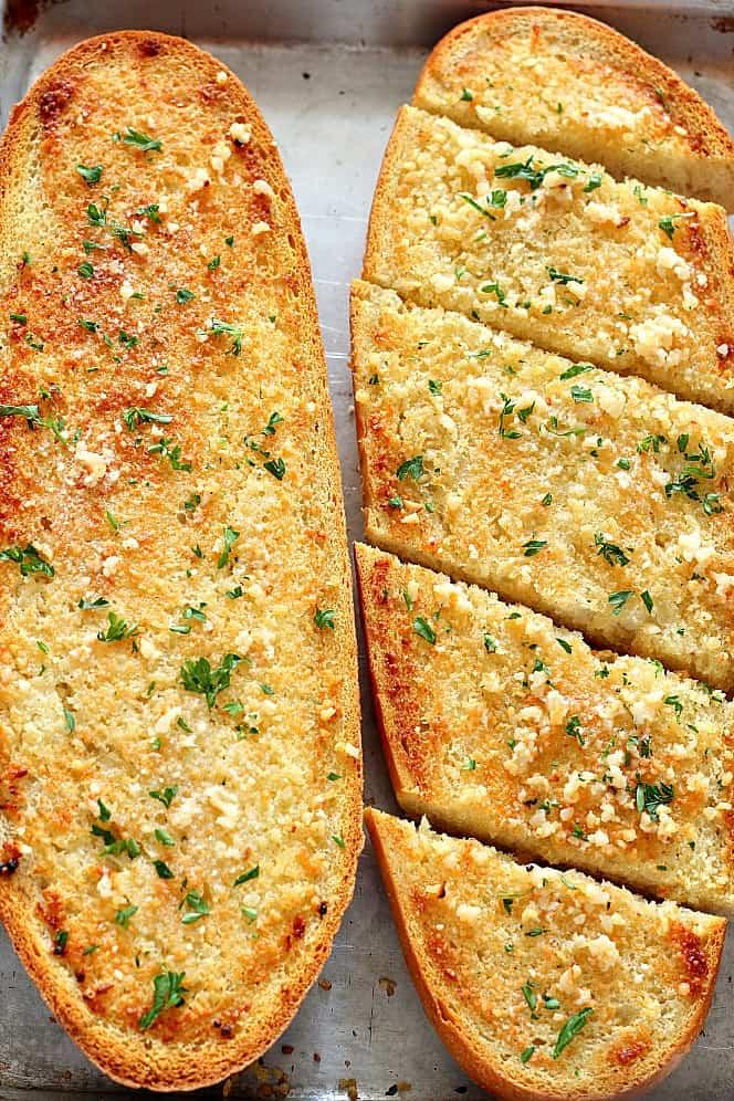 garlic bread 1 Easy Garlic Bread Recipe
