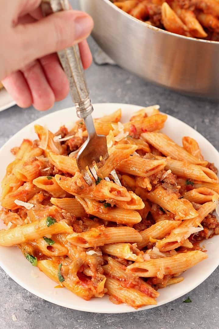 one pot cheesy sausage penne recipe 4 One Pot Cheesy Sausage Penne Recipe