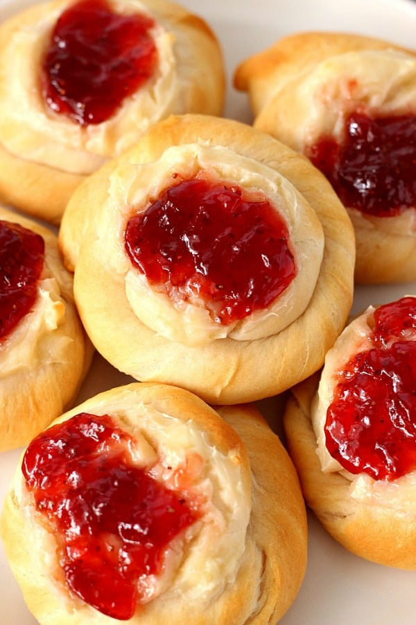 cream cheese danish A Easy Cream Cheese and Jam Danish Recipe