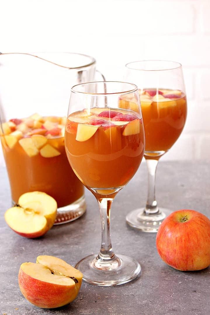 caramel apple sangria recipe 2 Caramel Apple Sangria Recipe