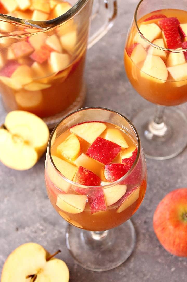 caramel apple sangria recipe 3 Caramel Apple Sangria Recipe