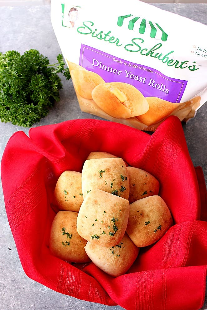 garlic butter dinner rolls recipe 4 Garlic Butter Dinner Rolls Recipe