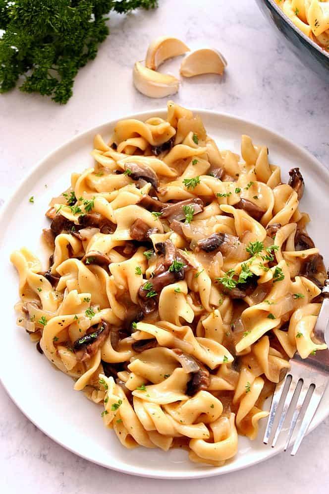 easy mushroom stroganoff 1 Easy Mushroom Stroganoff Recipe