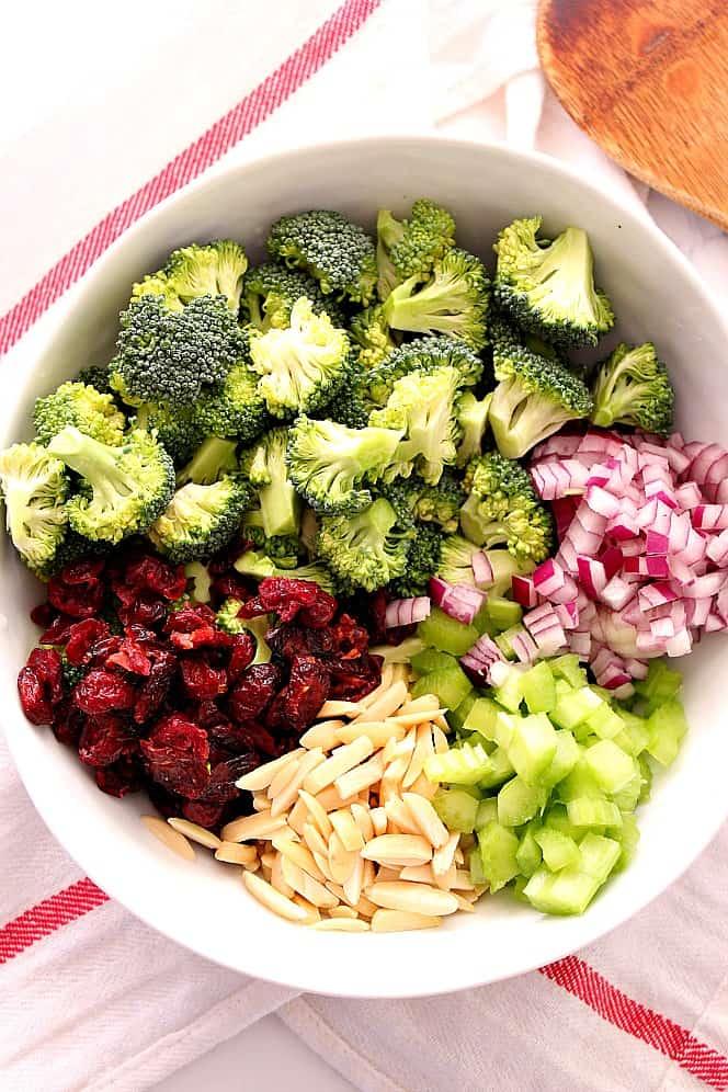 easy broccoli salad 1 Easy Broccoli Salad