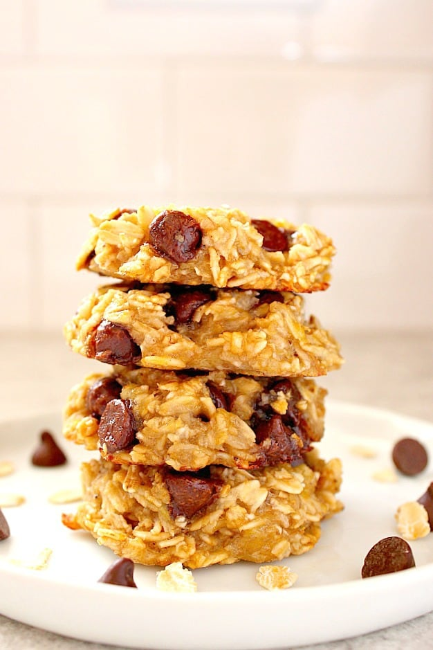 3 ingredient banana oatmeal cookies 1a 3 Ingredient Oatmeal Chocolate Chip Cookies Recipe