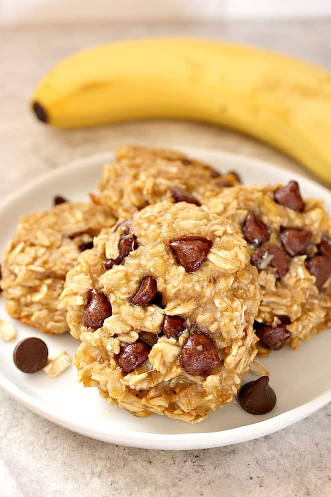 3 ingredient banana oatmeal cookies 5 3 Ingredient Oatmeal Chocolate Chip Cookies Recipe